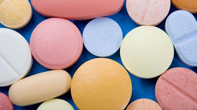 690_Assorted-Pills